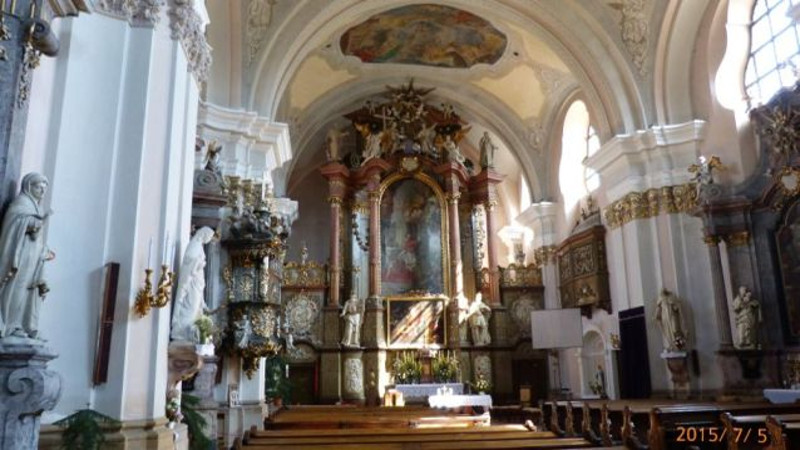 Vác Fehérek temploma